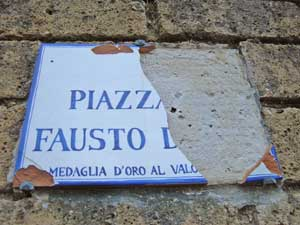 targa rotta via Fausto Dionisi  Acquapendente